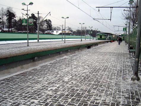Площадь у станции Малаховка закрыли для водителей