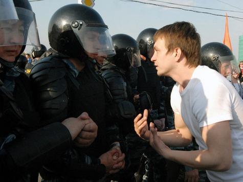 В день инаугурации акции оппозиционеров продолжились