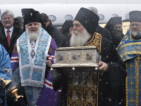 Церковь в России стремительно теряет моральный авторитет
