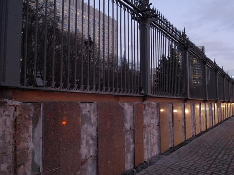 В Белом доме решили укрепить забор