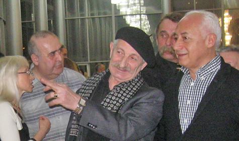 На вернисаже в театре драмы стало очевидно, что объединяет народного артиста СССР Спивакова и заслуженного художника Армении Залиняна