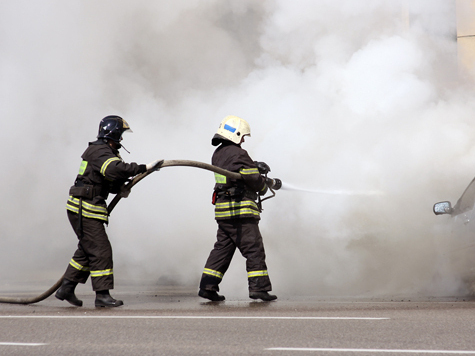 Дети задохнулись в дыму, не дождавшись матери и пожарных