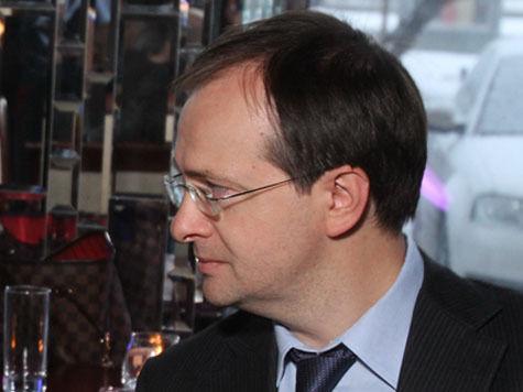 Владимир Мединский выступил в поддержку кино, после просмотра которого хочется рожать