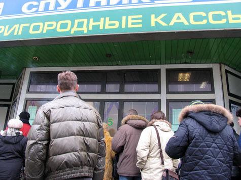 А легальных пассажиров пустят в электрички по билету на метро
