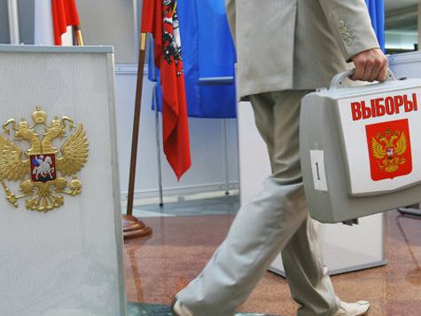 Такая ехидная и смешная картинка художника Алексея Меринова красовалась на открытке организаторов программы «Гражданин-наблюдатель», организаторы которой провозгласили свое намерение серьезно поконтролировать предстоящие выборные действа 4 декабря