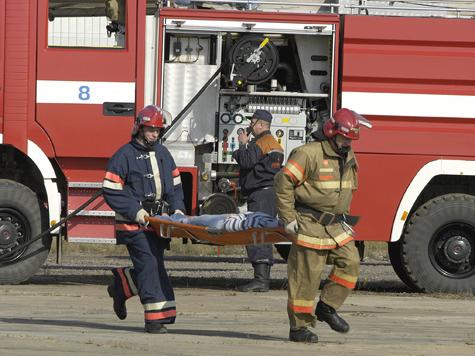 Пожарные осмотрят погорельцев с головы до пят