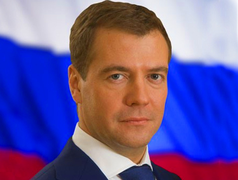 Запад предпочитает видеть в Кремле Медведева и вести дела именно с ним