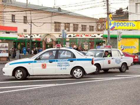 Гаишники незаконно возили VIP-персон на служебных авто через московские пробки