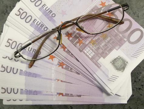 Эксперты предлагают сэкономить насиловиках изавести государственный долг
