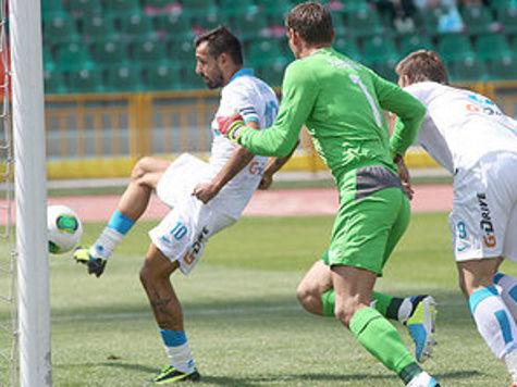 «Рубин» обыграл «Зенит», несмотря на семейные неприятности своего тренера