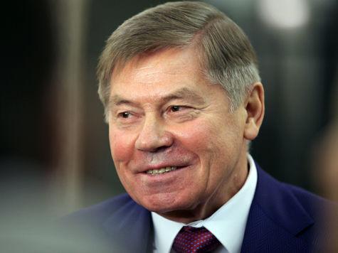 Председатель Верховного суда Вячеслав Лебедев считает, что взяточников наказывают слишком мягко