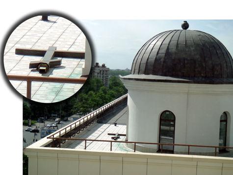 В Петербургском городском суде тайно строят часовню