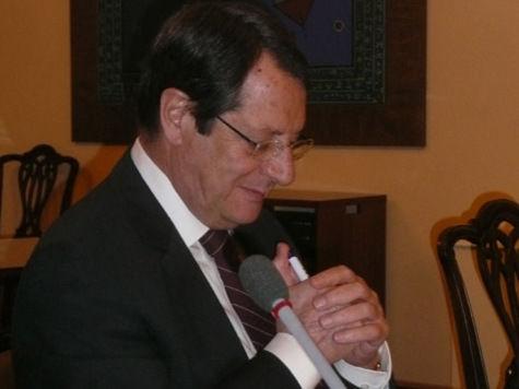 Кипр выбирается из кризиса и пытается объединиться: Куда плывет остров Афродиты?