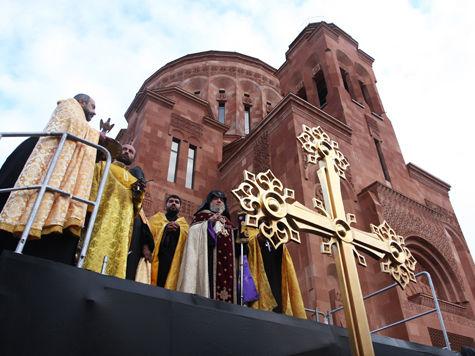 Освящение армянского собора
