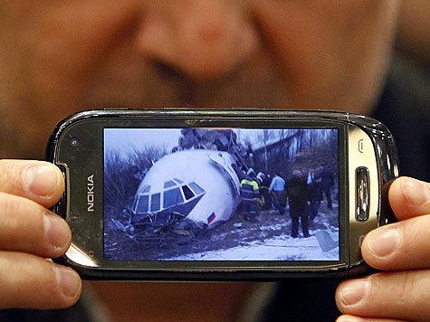 """Экипажу """"Ту-154М"""" удалось почти невозможное: посадить авиалайнер как планер и остановиться за несколько метров до верной гибели"""