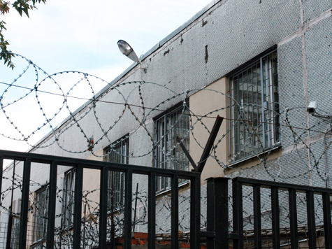 Тюремщикам запретили читать письма заключенных в прокуратуру