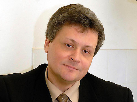 """Виктор Травин пришел в """"Московский комсомолец"""" почти четверть века назад, а вчера, в День Великой Победы, журналист отметил свой полувековой юбилей"""