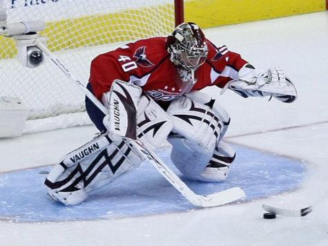 Зачем российская пресса гадит хоккеисту Варламову?