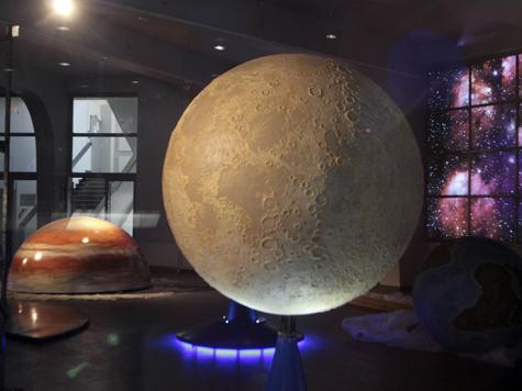 Мини-парад планет укажет ученым на неизвестные звезды