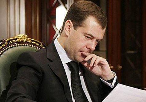 Президент получит списки чиновников, не исполняющих его поручения