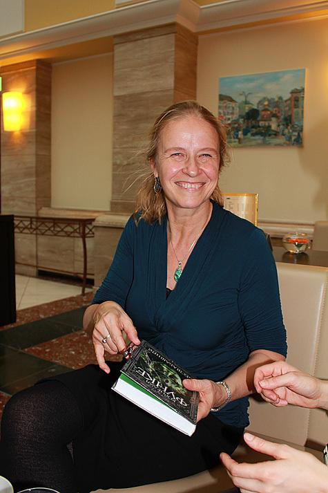 В Москву приехала детская писательница Корнелия Функе