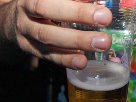 Чиновники поспешили вернуть пиво в городские парки