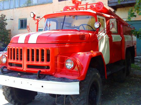 Шойгу: В России должно быть не менее миллиона добровольных пожарных