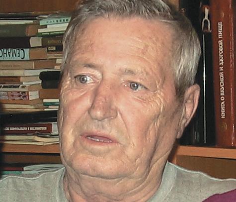 Провел владивостокский пенсионер по вине медсестры-растяпы