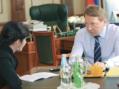 Медведев и Путин не будут меняться местами
