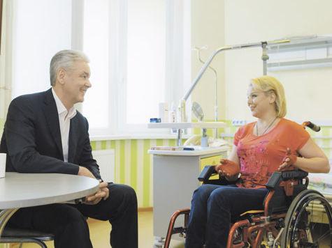 И. о. руководителя Департамента социальной защиты населения города Москвы  Владимир Петросян рассказал оновых способах поддержки горожан