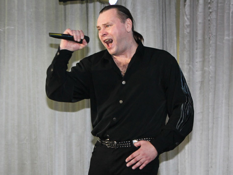 Виталий Гасаев: Достучаться песней до сердец