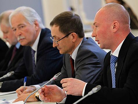На встрече с президентом сын Жириновского вступился за русских