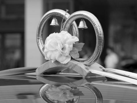 Молодожены погибли по пути на свадьбу
