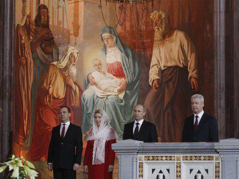 Глава государства по традиции отметил Пасху в главном храме страны