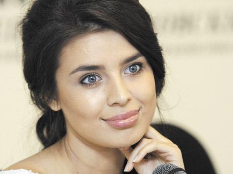 На «Мисс Вселенная-2013» Эльмира Абдразакова появится в костюме русской княжны