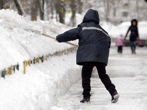 Коммунальщиков подмосковного Климовска засыпали судебными исками и штрафами из-за отвратительной очистки улиц от снега