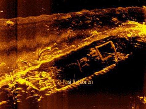 Обнаружен затонувший с коньяком и ликером корабль времен Первой мировой войны