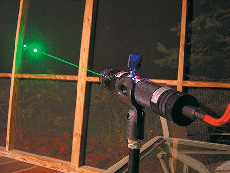 Пассажирские самолеты атакуют лазерами