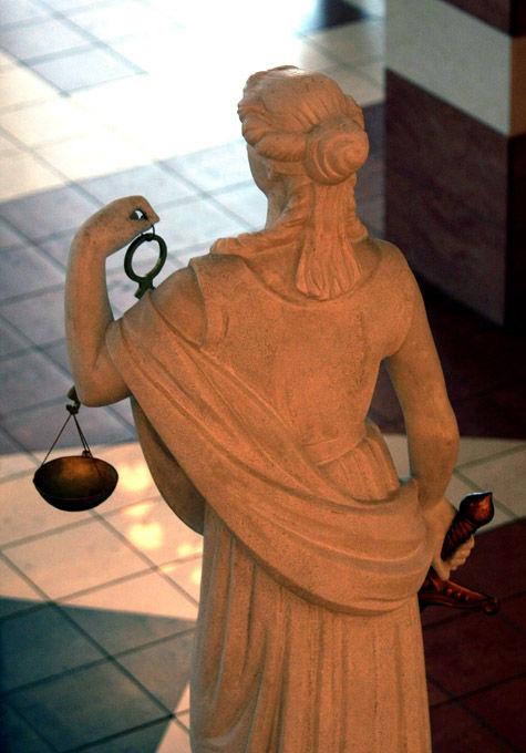 Отправлять повестку в суд отныне должны будут не за три дня до заседания, а гораздо раньше