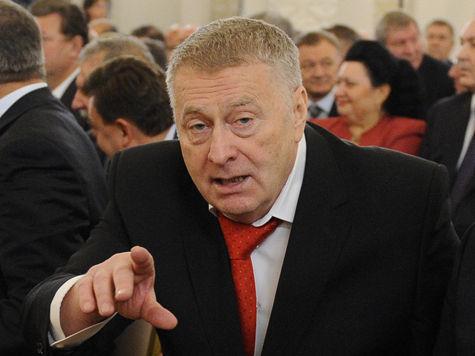 Владимиру Вольфовичу не удалось провести съезд партии в Кремле, он открывается за МКАД