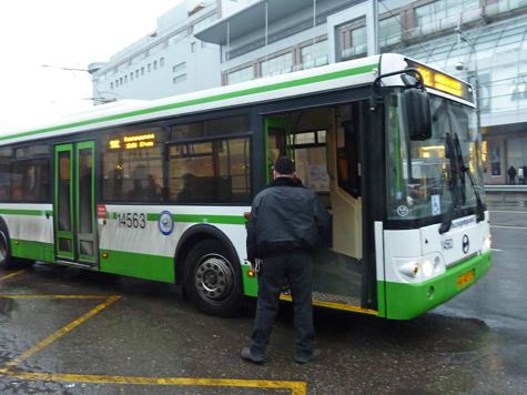 Продать изношенные шины с автобусов и троллейбусов решил главный столичный пассажироперевозчик