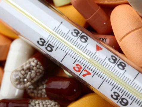 Уже вполне привычно принимать витаминные комплексы для укрепления иммунитета и профилактики болезней, но зачем они нужны в разгар простуды, когда требуются меры посерьёзнее? Попробуем разобраться.