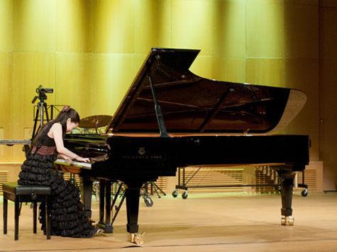 Новые русские пианисты упиваются свободой в Москве
