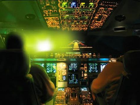 Лазерная атака на гражданскую авиацию