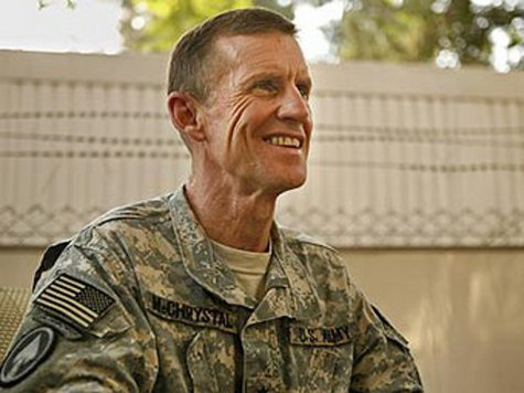 Командующий войсками НАТО в Афганистане дал критическое интервью
