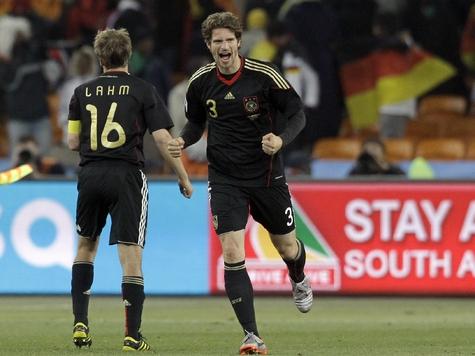 В 1/8 финала Германия сыграет с Англией
