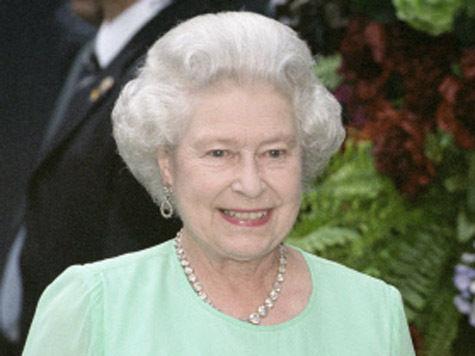 Королева Елизавета II вернулась домой