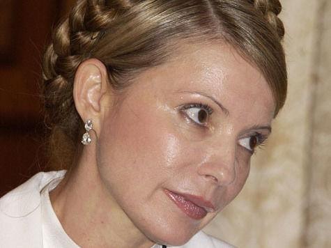 Юлия Тимошенко: в суд - только на носилках!