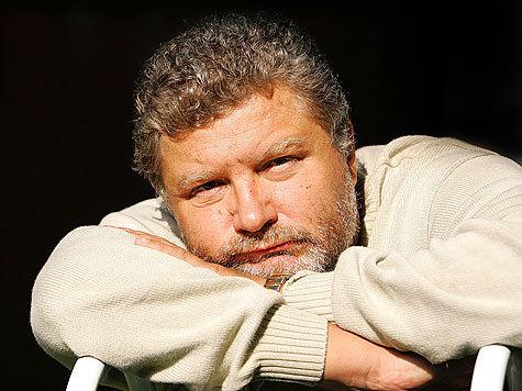 """Юрий Поляков: """"Недовольство людей растет, накапливается, зреют гроздья гнева. Созреют ли? Зависит от власти..."""""""