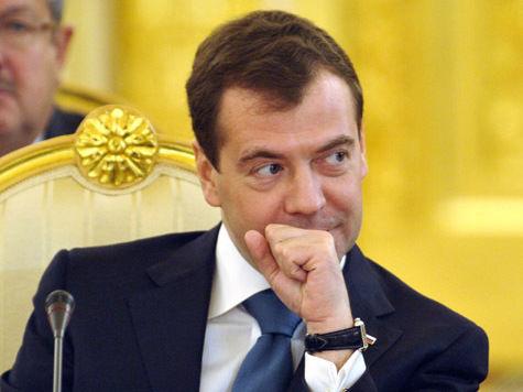 Медведев подвел итоги премьерства, похвалив себя семь раз